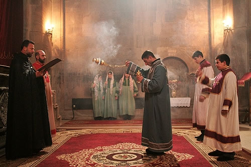 http://www.peopleofar.com/wp-content/uploads/holy-mass-at-gandzasar-cathedral-nagorno-karabakh-service1.jpg