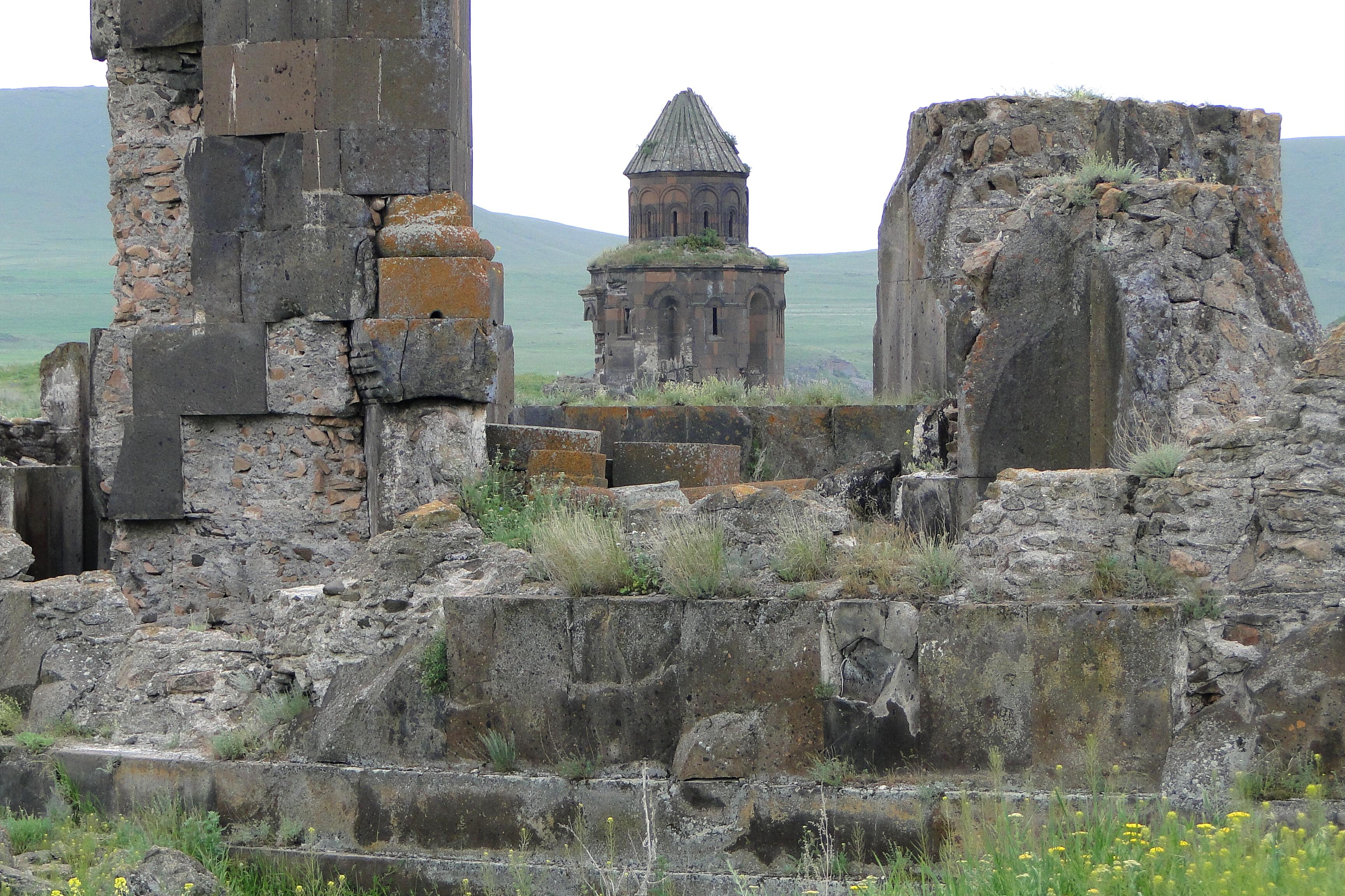 Ani, city of 1001 churches - PeopleOfAr